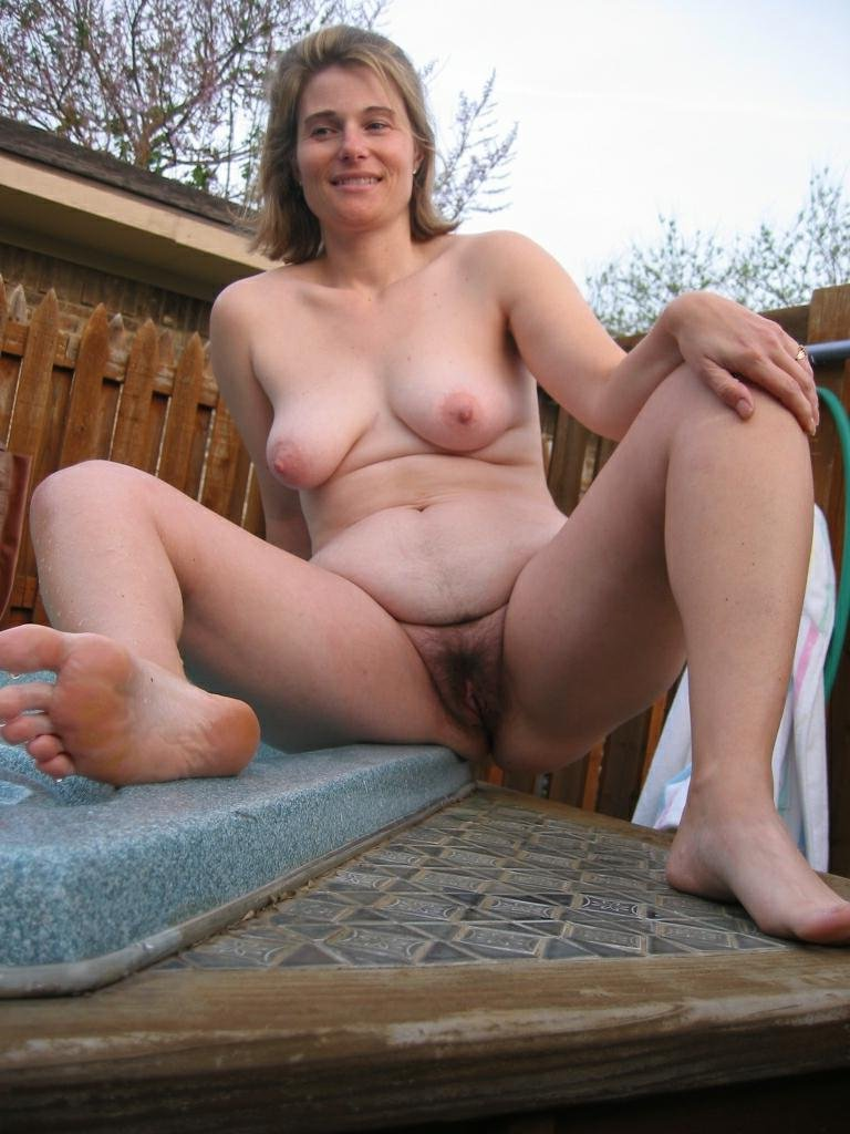 Amatuer mature bushy moms pics consider, that