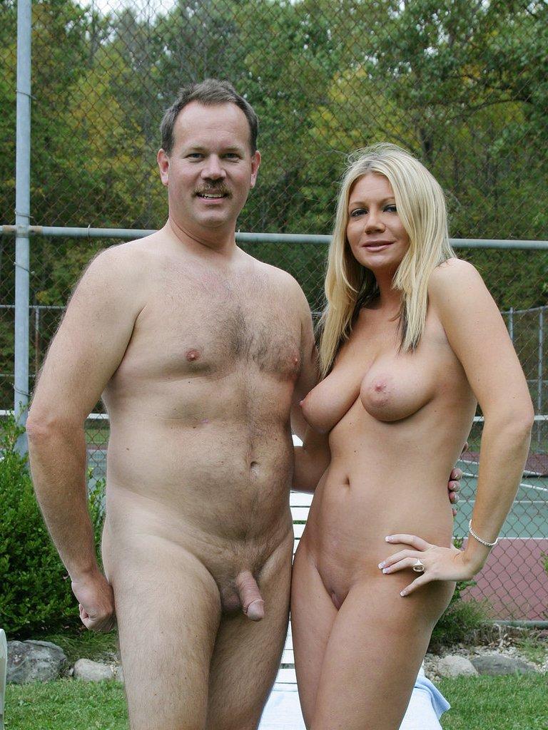 Фото нудистов семейных пар