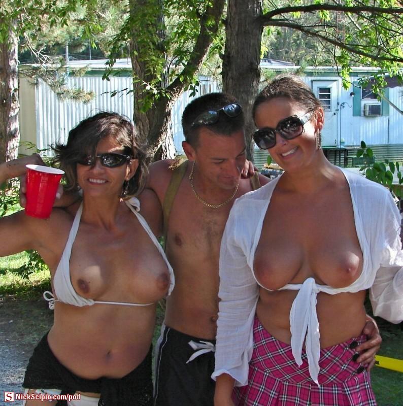 Selena gomez nude sexy girl