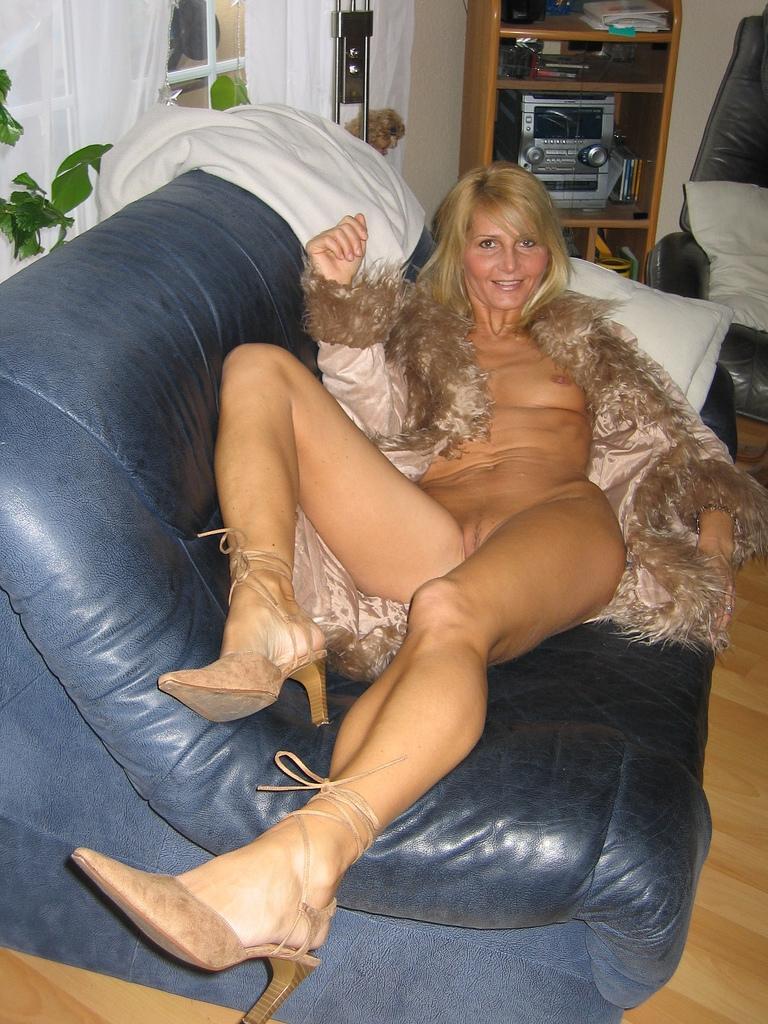 perky nude women