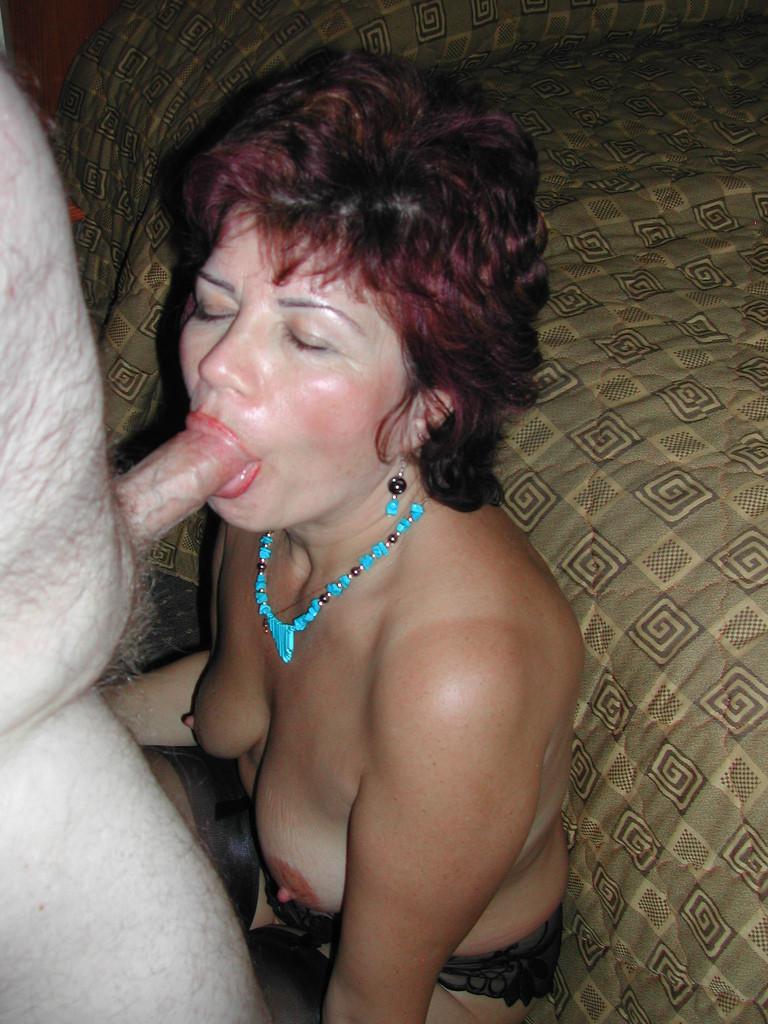 Mature hanging tits