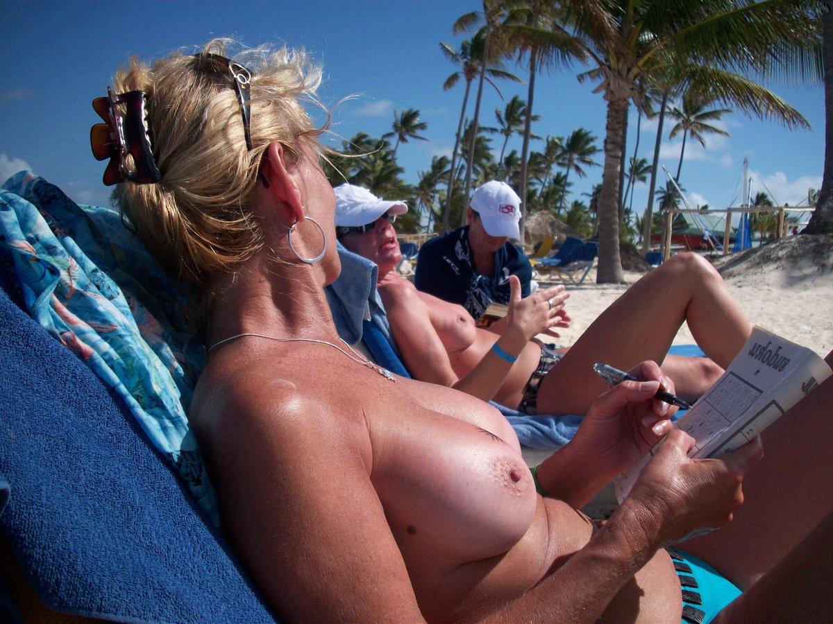 hot nudist moms at the beach