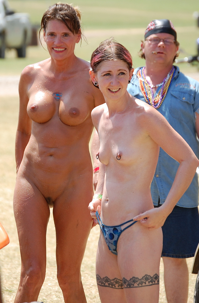 mom nudist pic nude older young mother girls daughter nudist dcdcf
