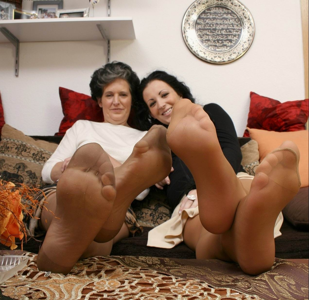 mom pantyhose pic porn pics free mom pantyhose daughter