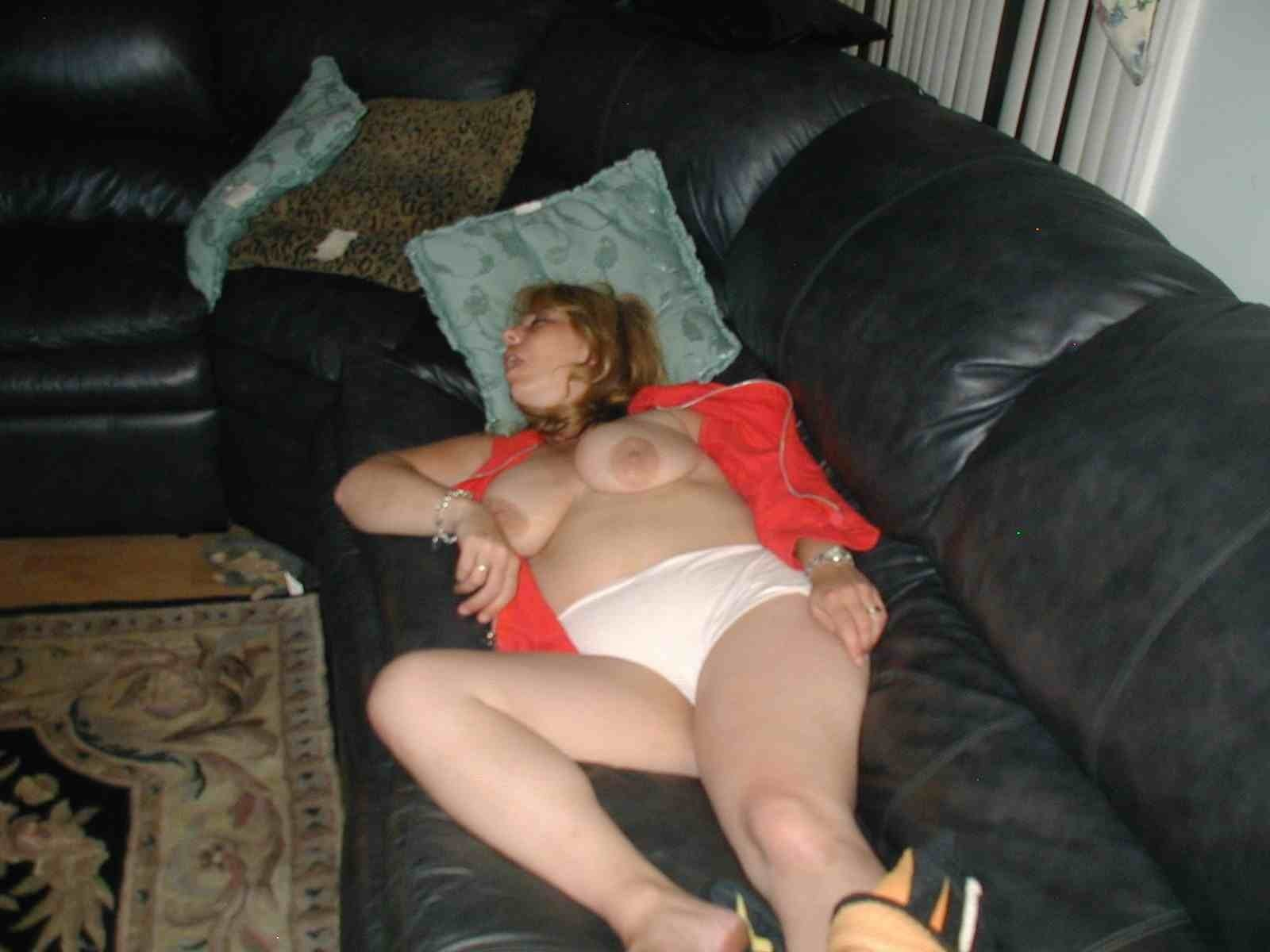 mom drunk passed out naked