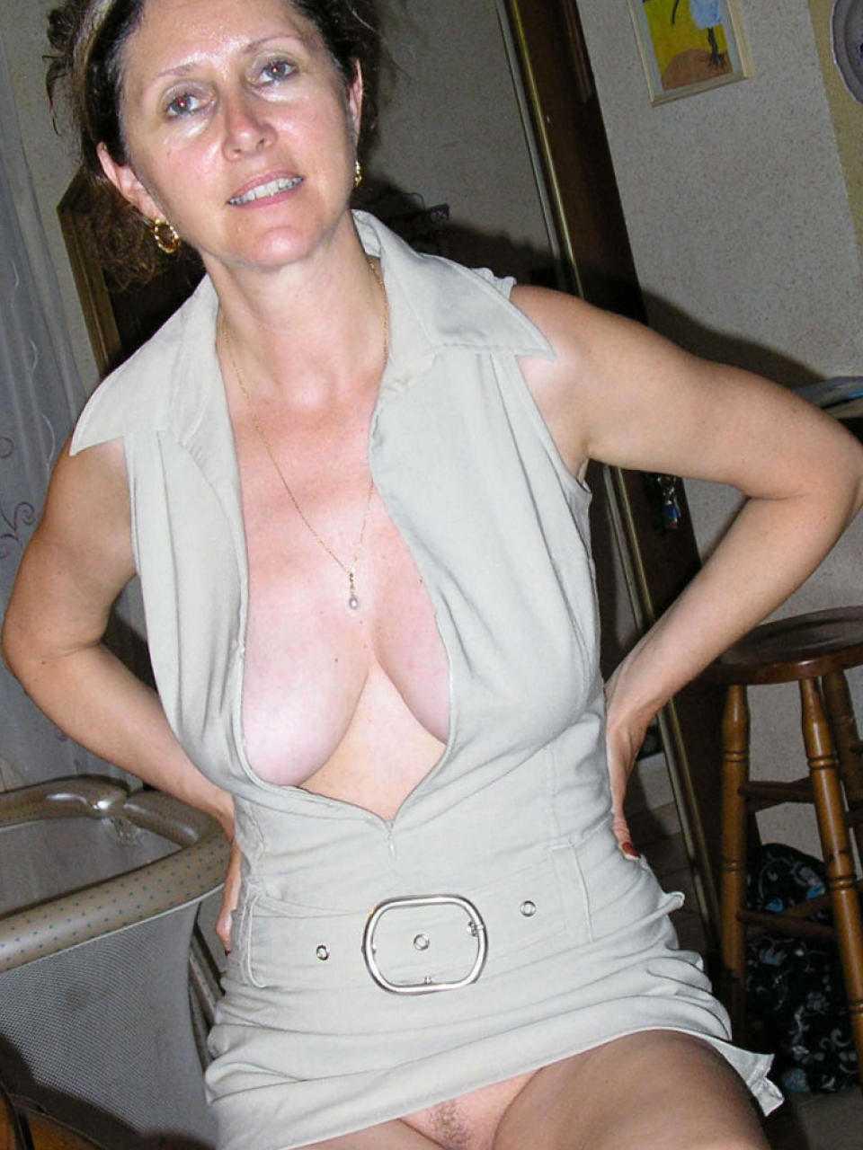 Nude Amature Moms 111