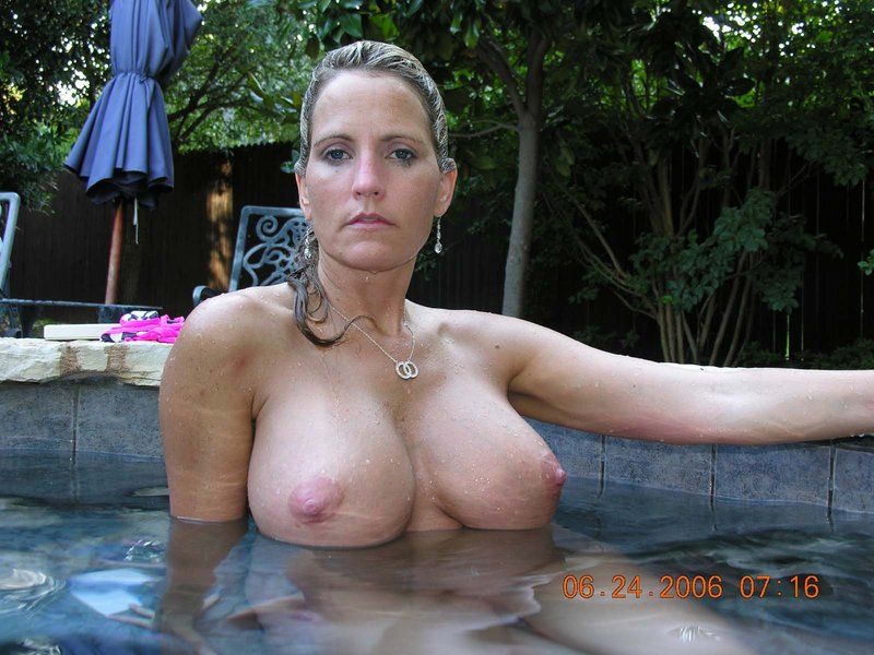 Mrs bianca with small tits milf