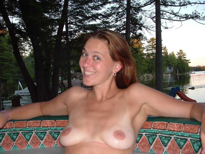 mom nude in pool