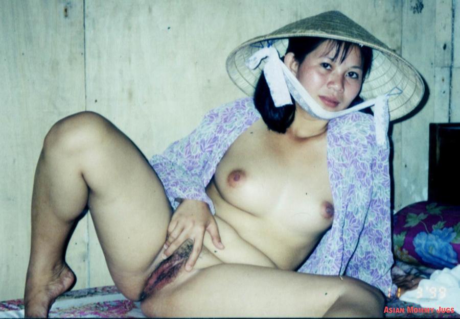 Naked Asian Moms Wife Exposing Vietnamese