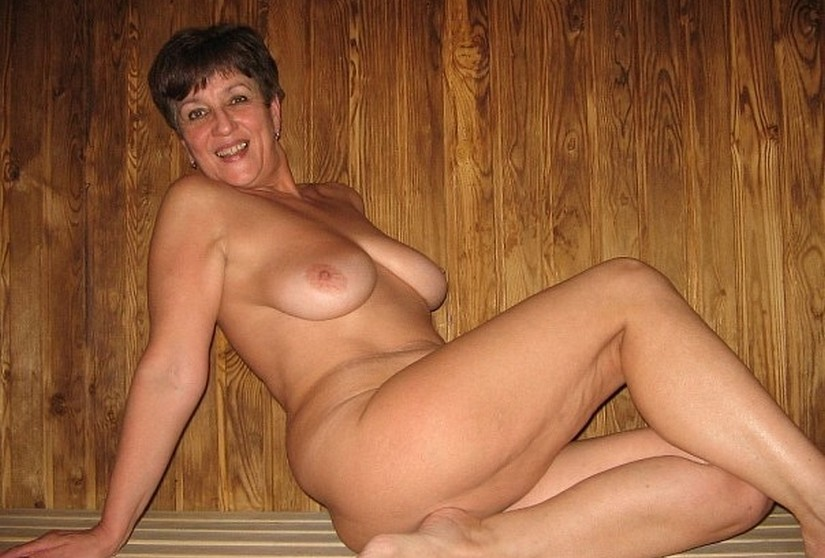 Free nude granny mature sex videos