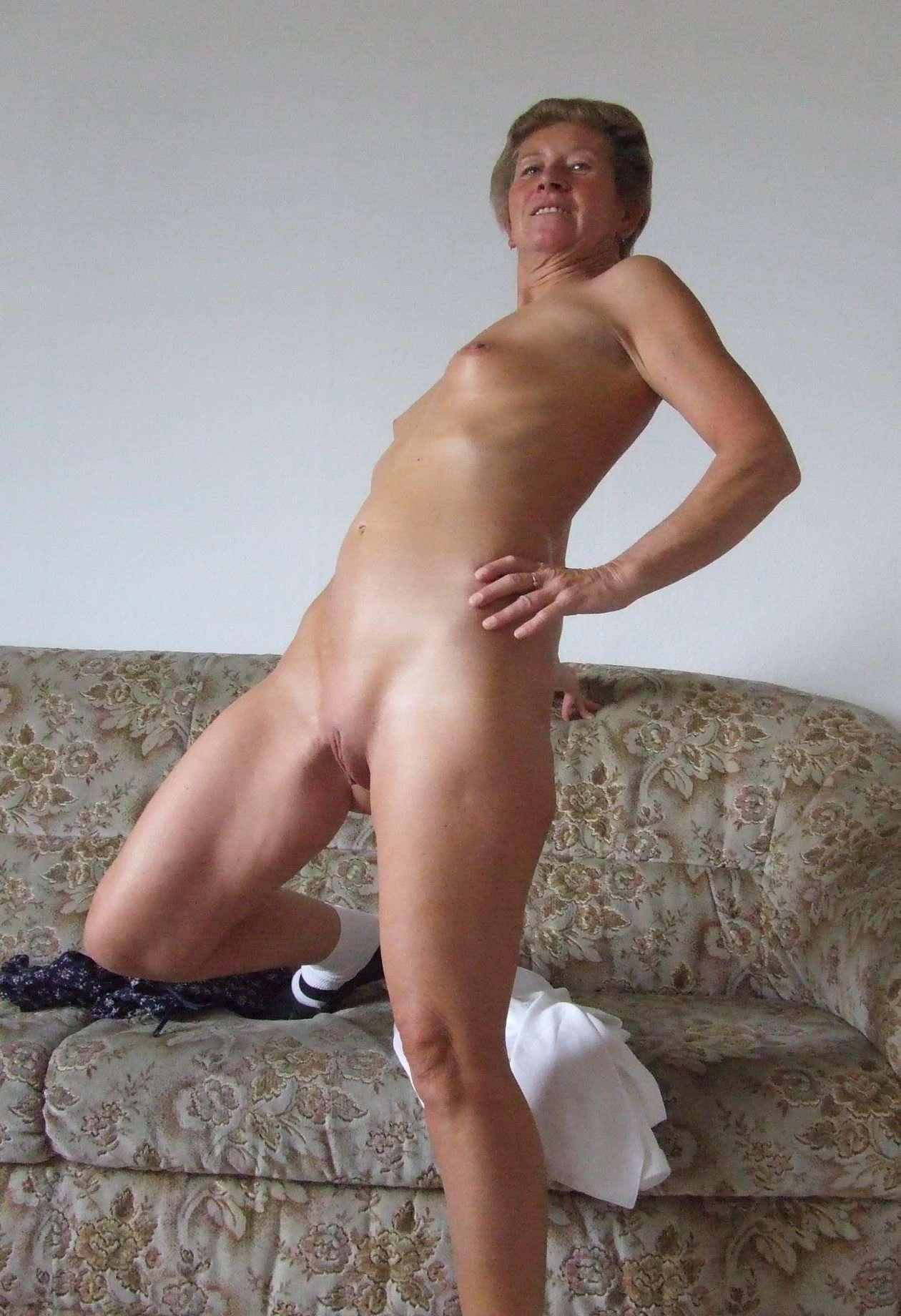 Hot grandma s nude