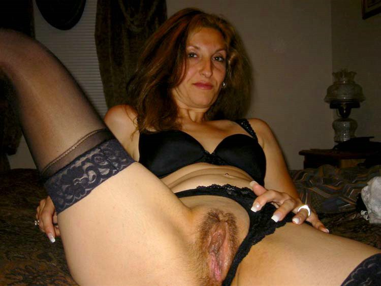 Naked Latina Moms Image 47560