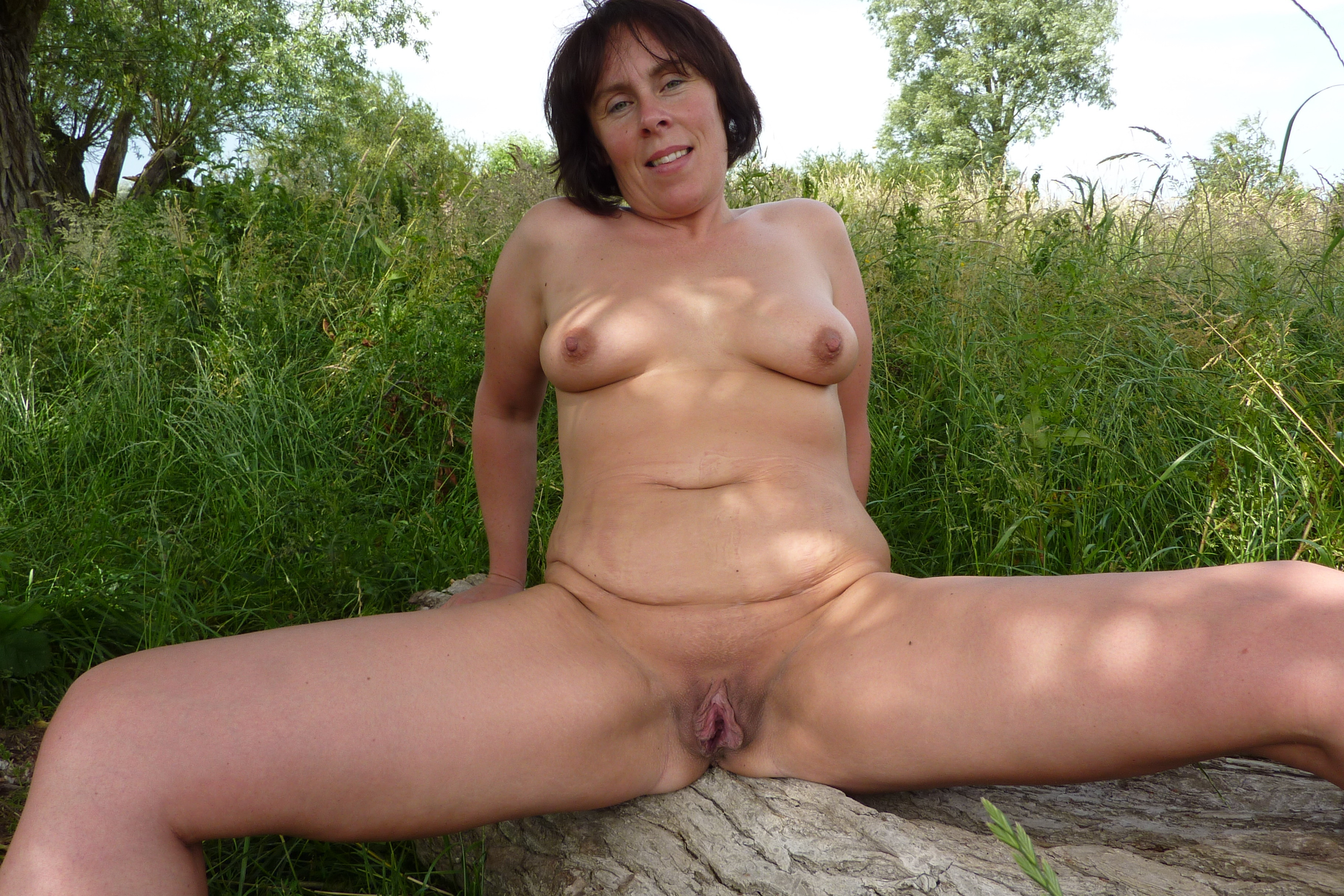 mature nudes undressing