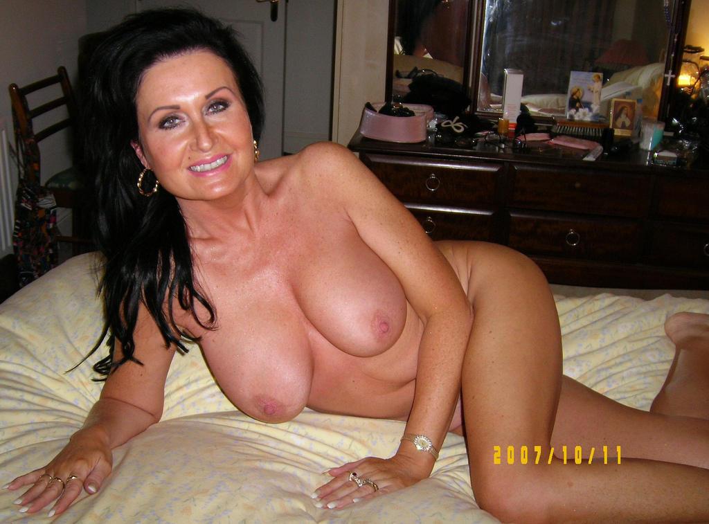Beautiful naked asian women pregnant