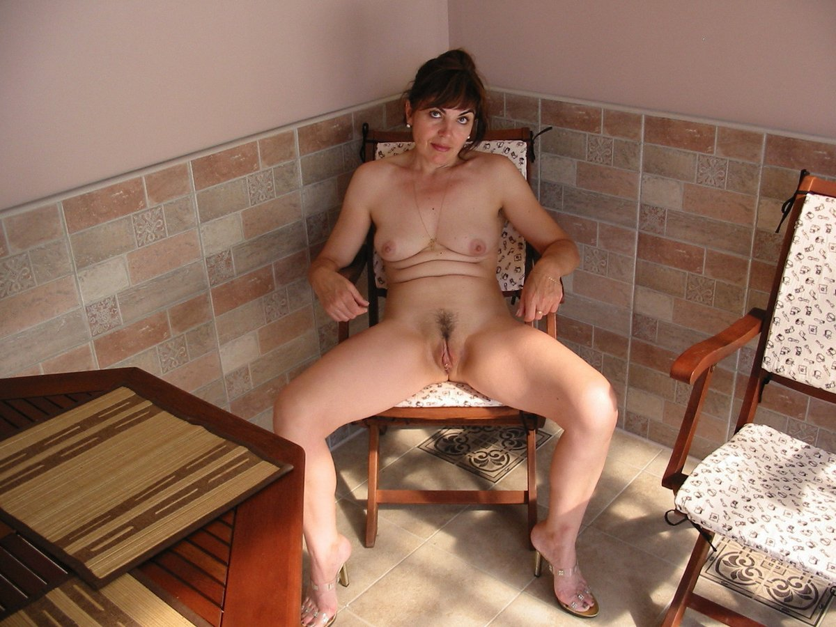 mature woman undressed