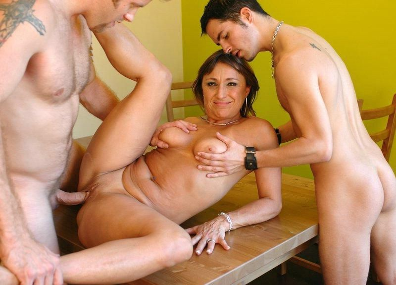 Hot older women fuck