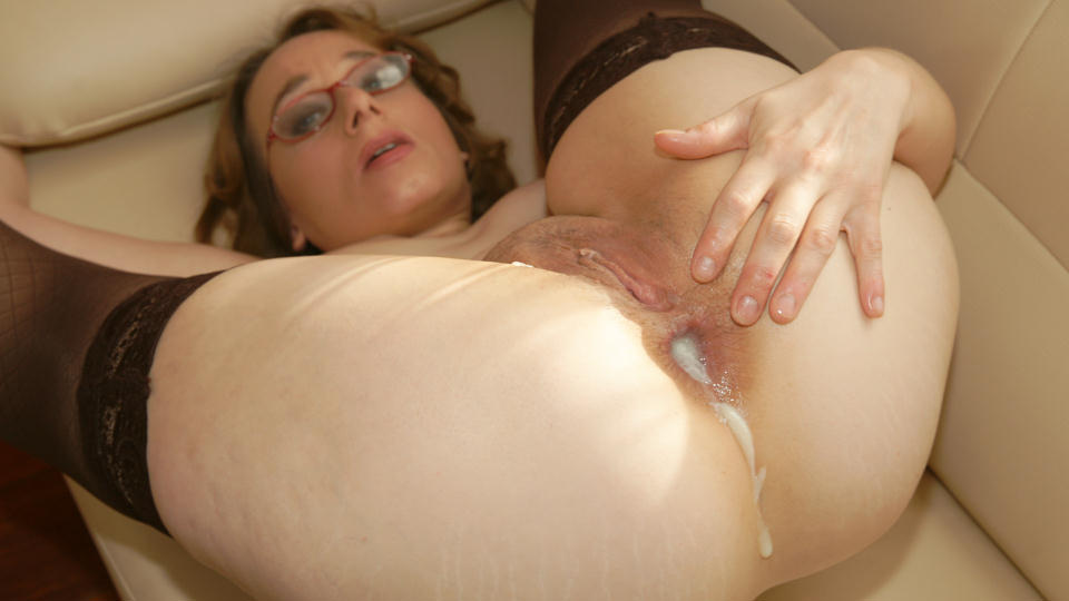 Alone! Free mature creampies thumbs