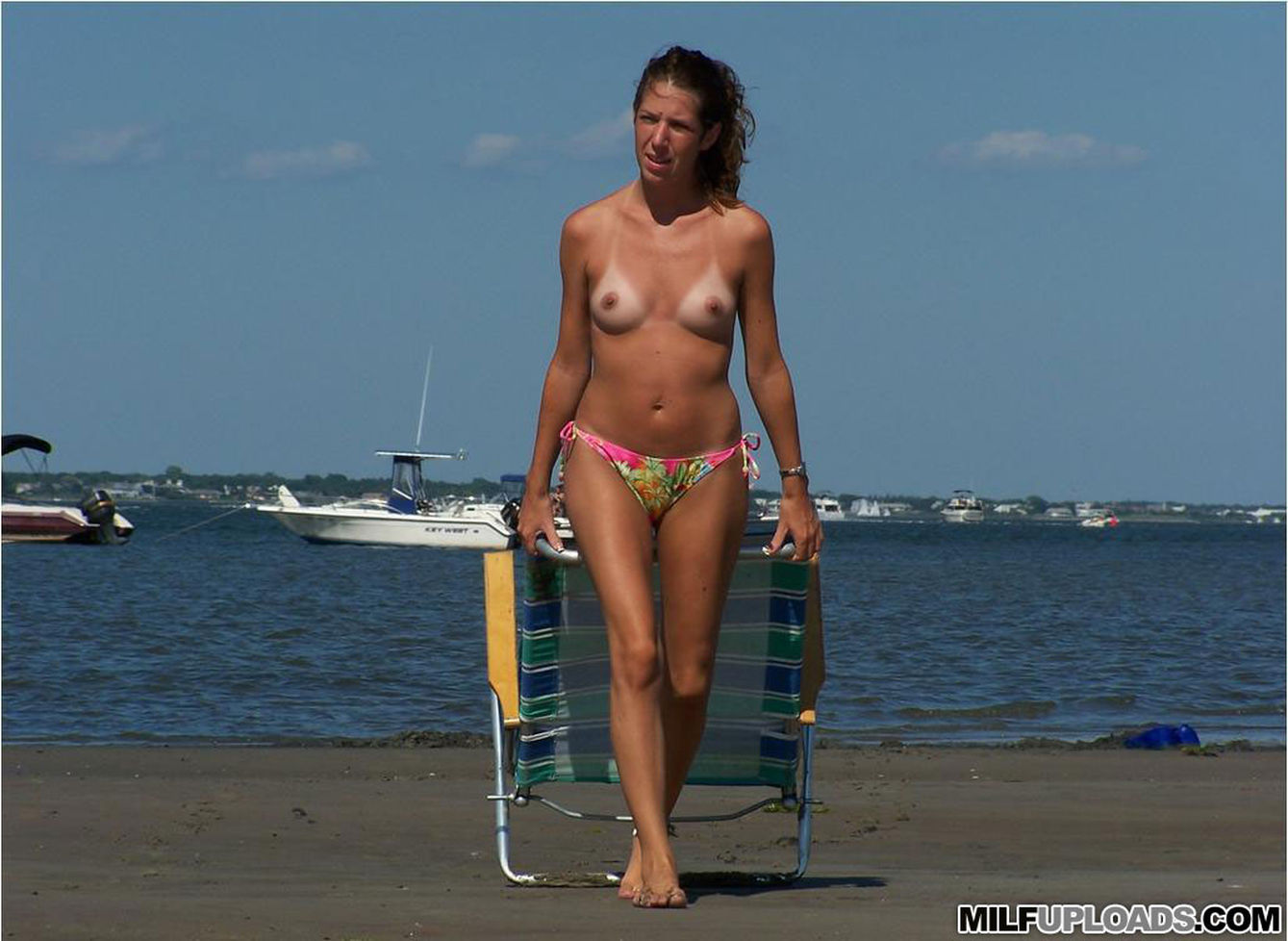 Nude images of aunty