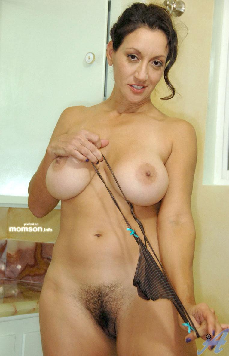 Big ass mature women hairy pussy pics