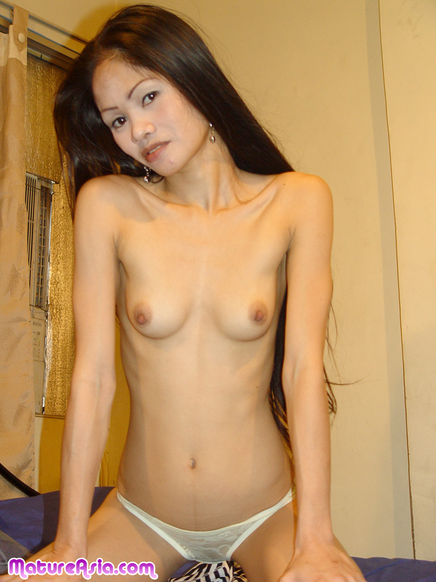 Chinese model nude shoot