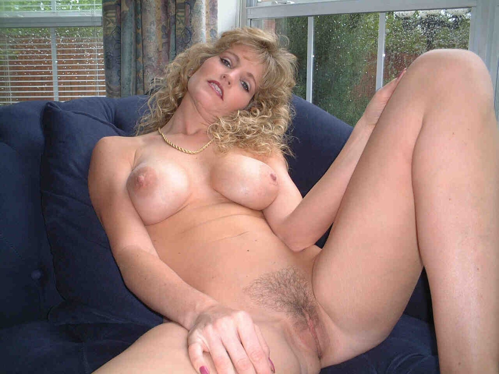 hairy milf gallery