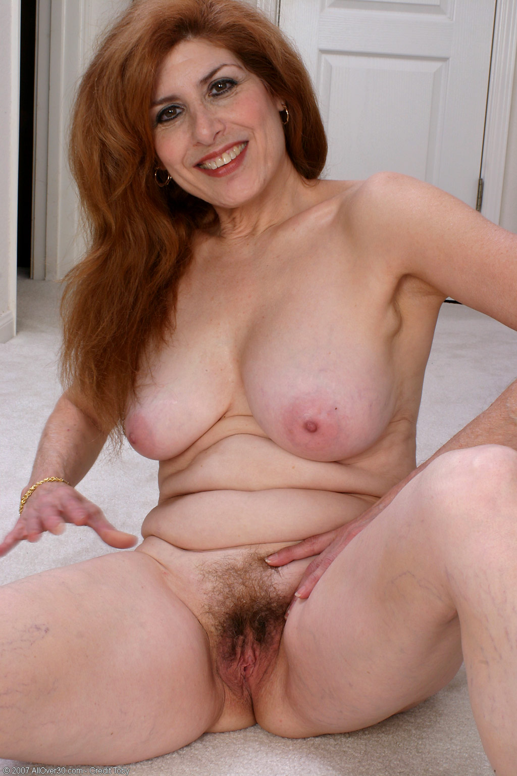 nudepictures of horny mature women anyone gawk