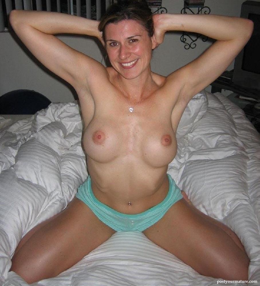Kenosha wisconsin bisexual woman