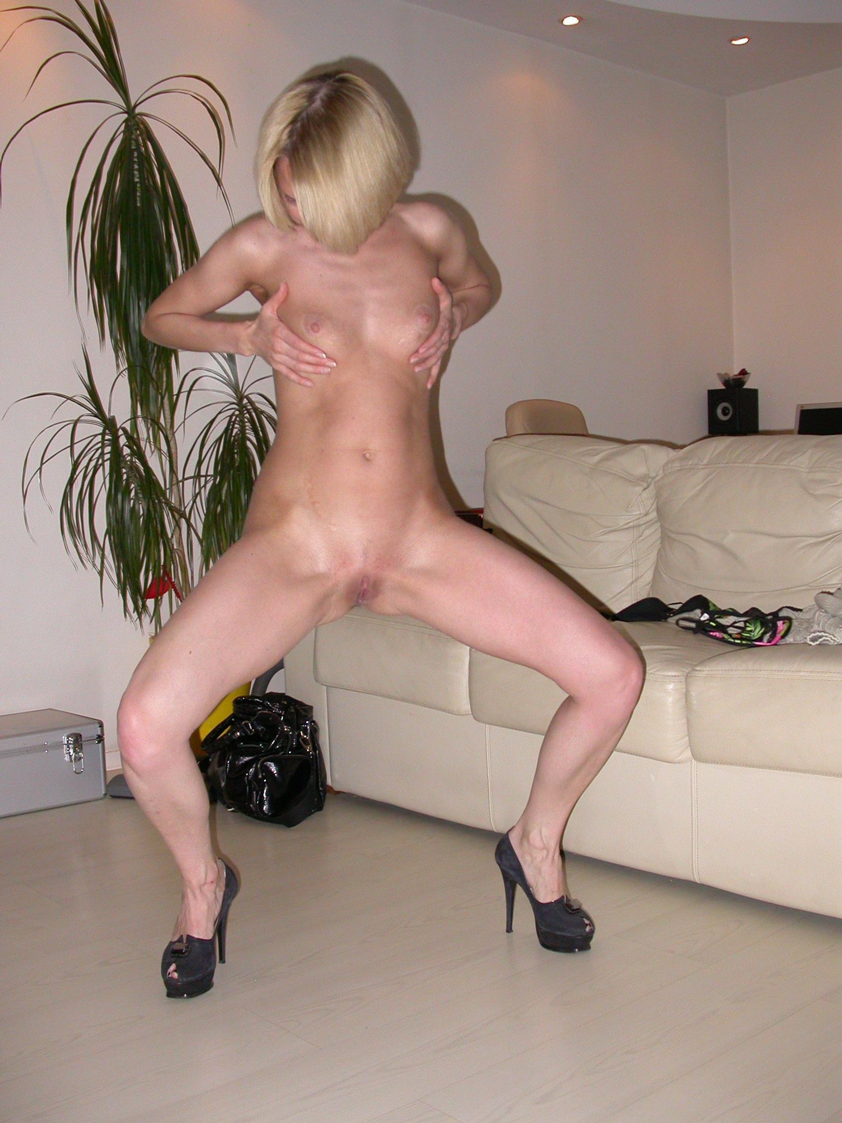 Смотреть порно с женщиной с короткой стрижкой 9 фотография