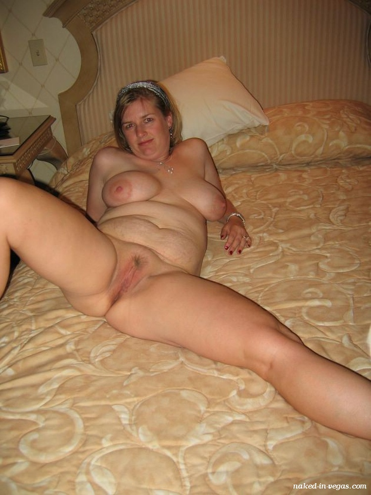 Free naked wife picture gallery