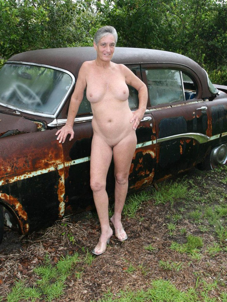 nudist milf pictures lady pictures free video galleries young fucking