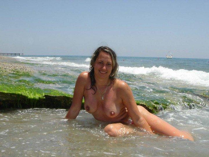 Nudist Milf Pictures Amateur Mature Pics Free Video Galleries Hardcore ...