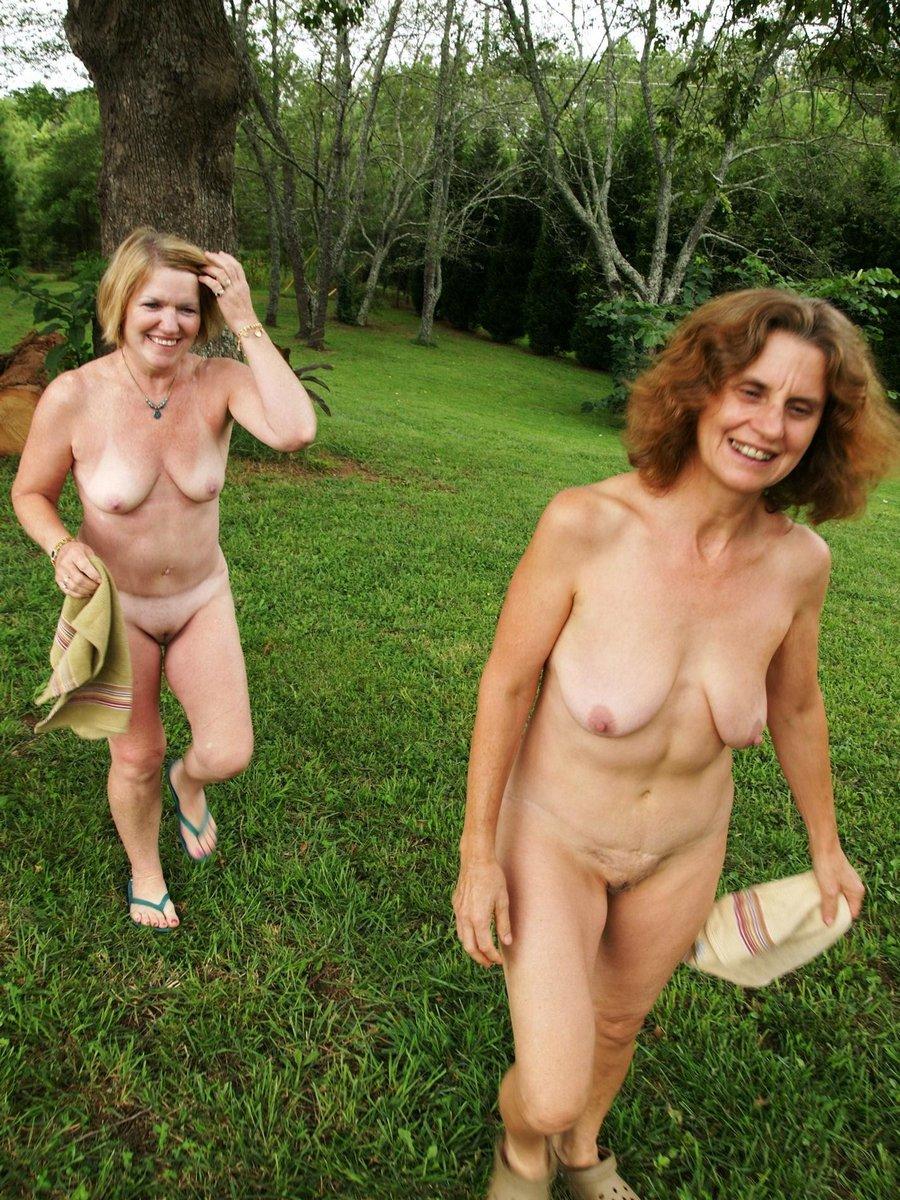 Free pics ladies naked xxx picture