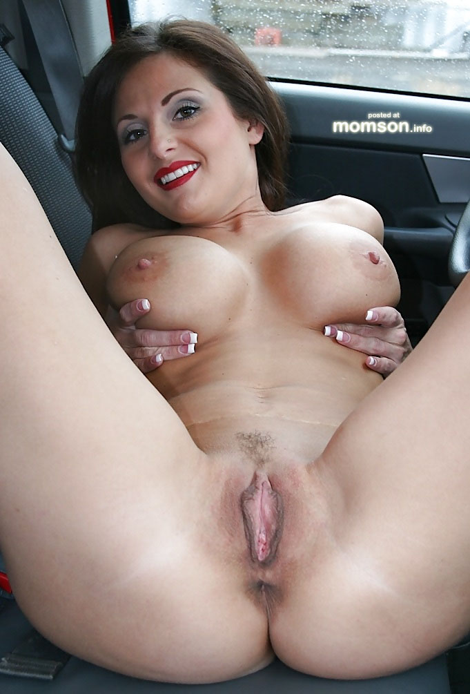 pic hot Nudist mom