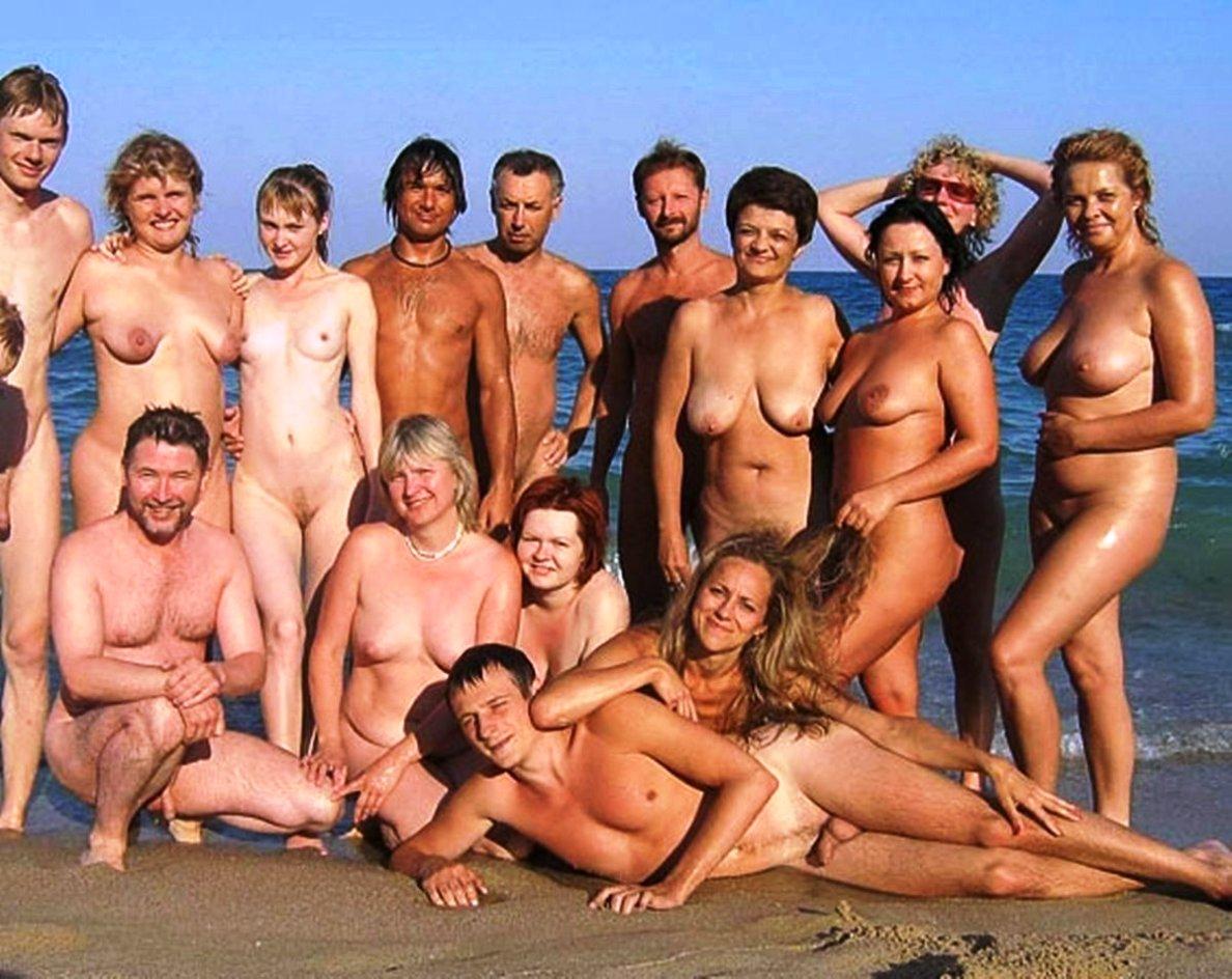 nudist pics mature mature young group nudist nudists