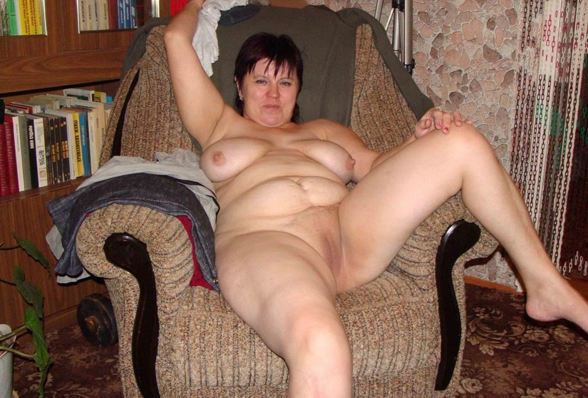 Saggy tit wife