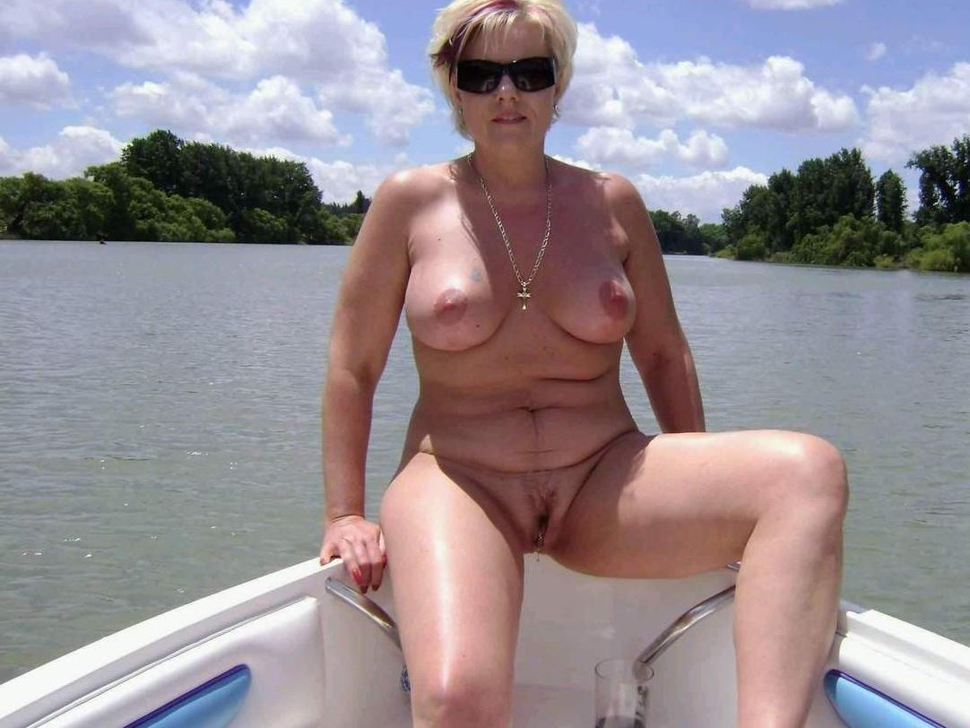 Mature nudist vids that