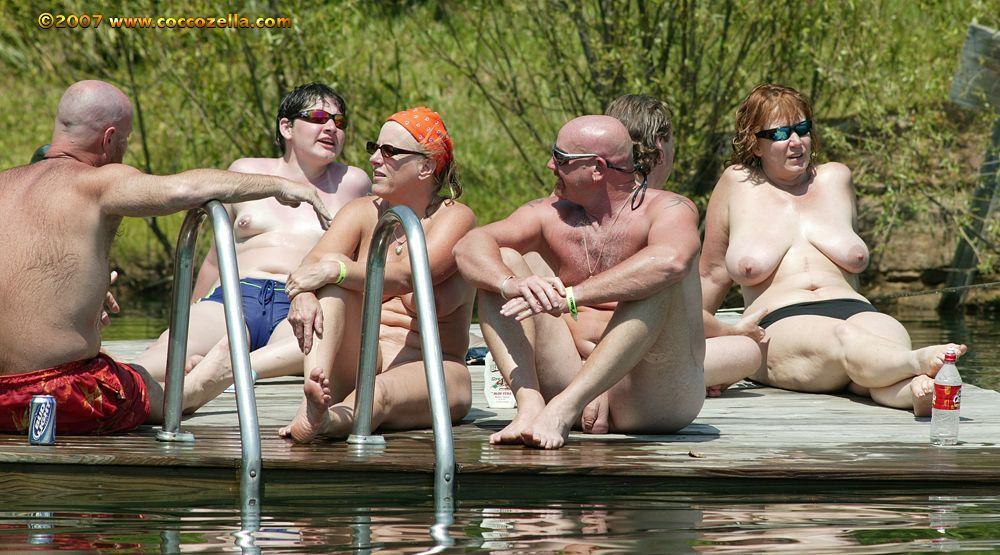 Mature Nudists Photos 90