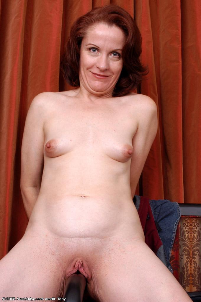Thimbs mature women