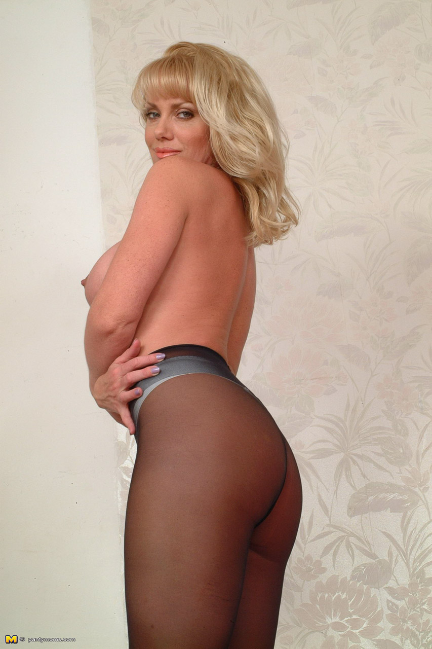 Moms Pantyhose Results 69