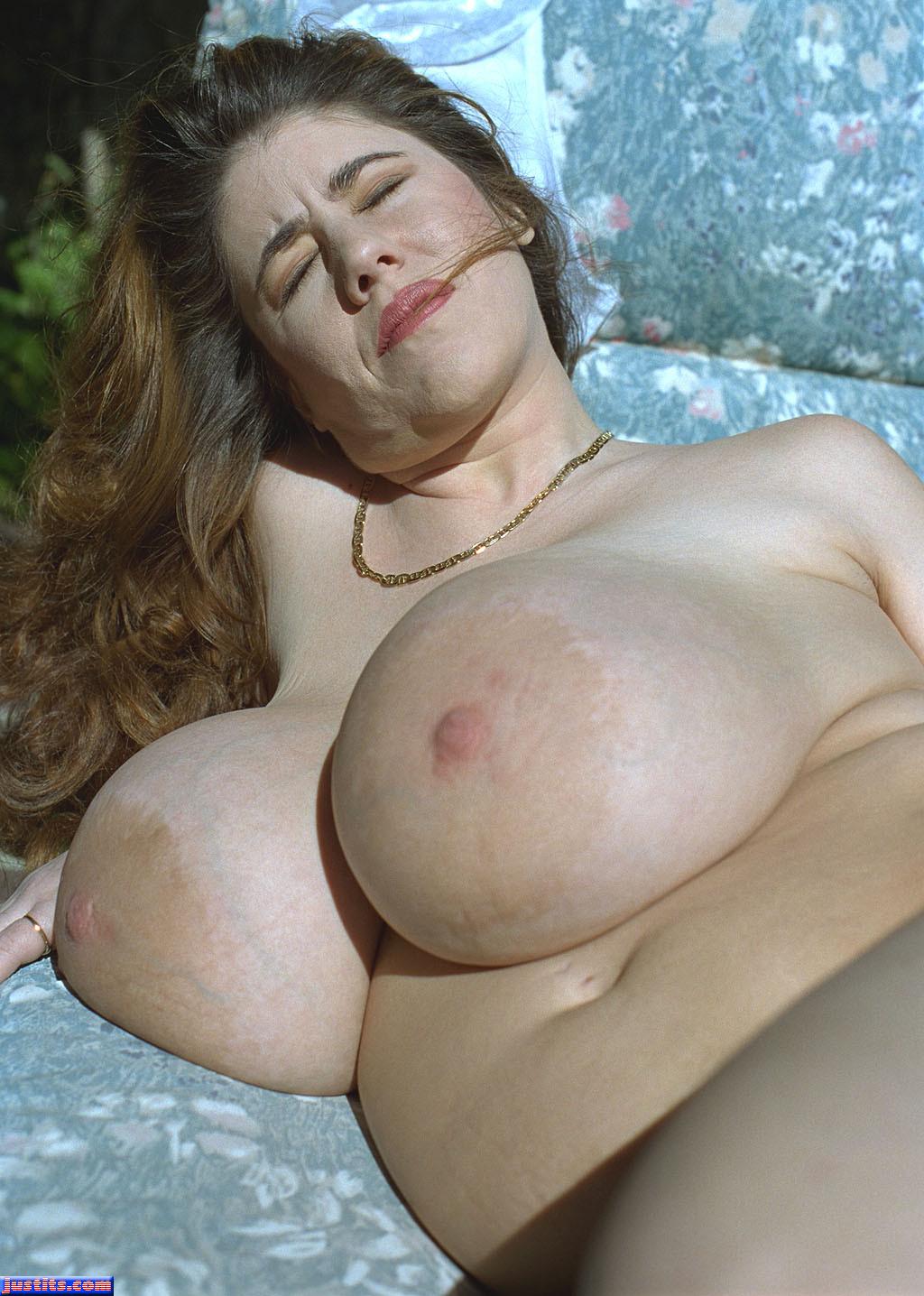 Mature Big Areolas Porn Pic