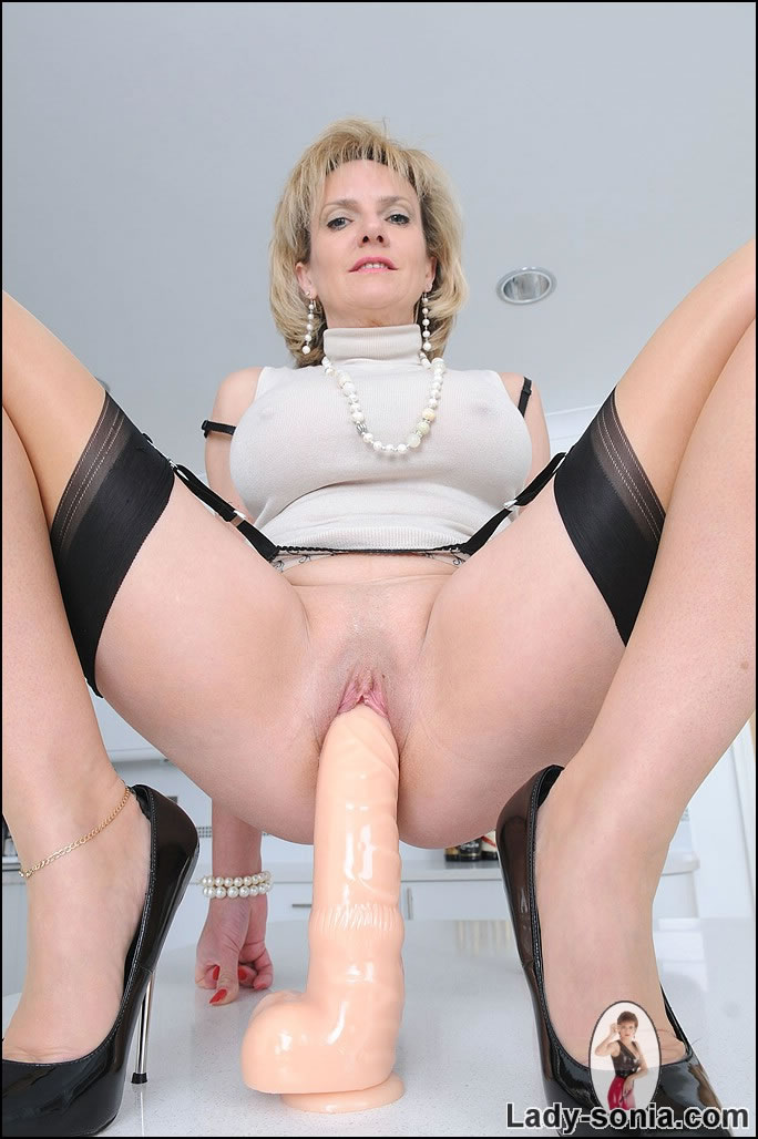 Lady sonia free sex pictures