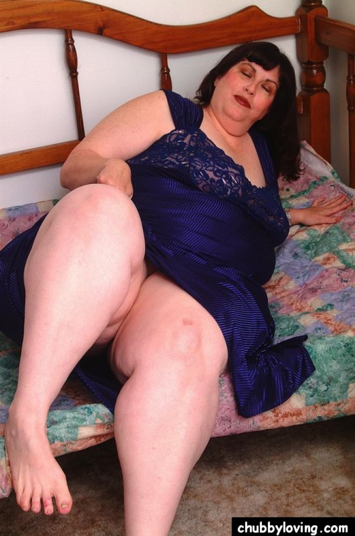 фото жирных бабуль в колготках