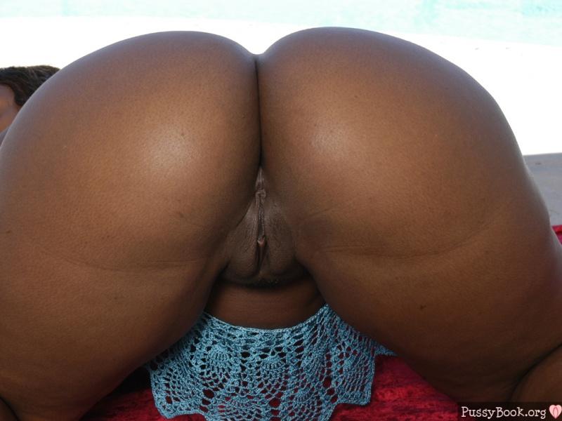 Mature Ebony Mature Naked Wife Huge Booty Ebony Wallpapers