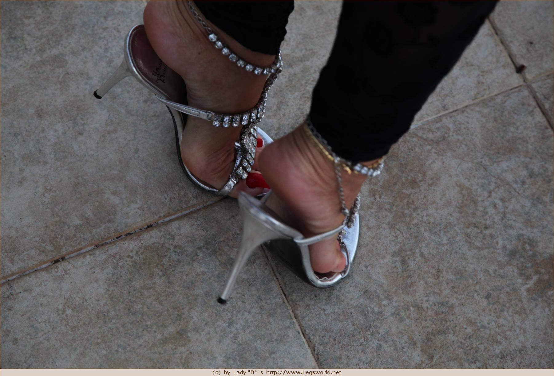 Mature heels Sensual Mothers