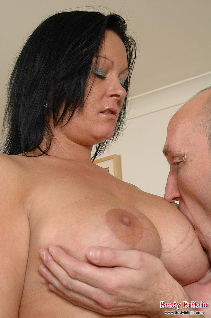Смотреть порно грудное вскармливание 23 фотография