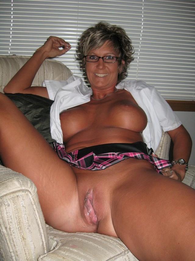 photos of mature naked women mature media naked women: www.older-mature.net/photos-of-mature-naked-women/138512.html