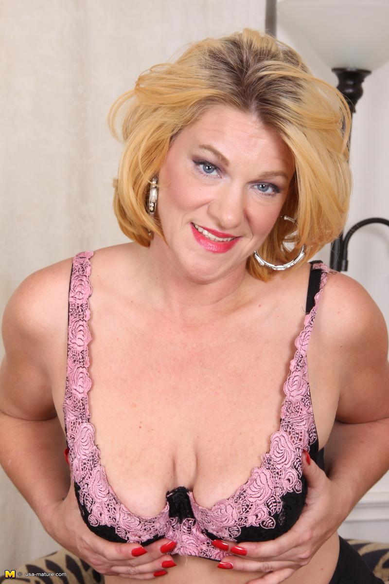 photos of mature naked women mature porn naked galleries women