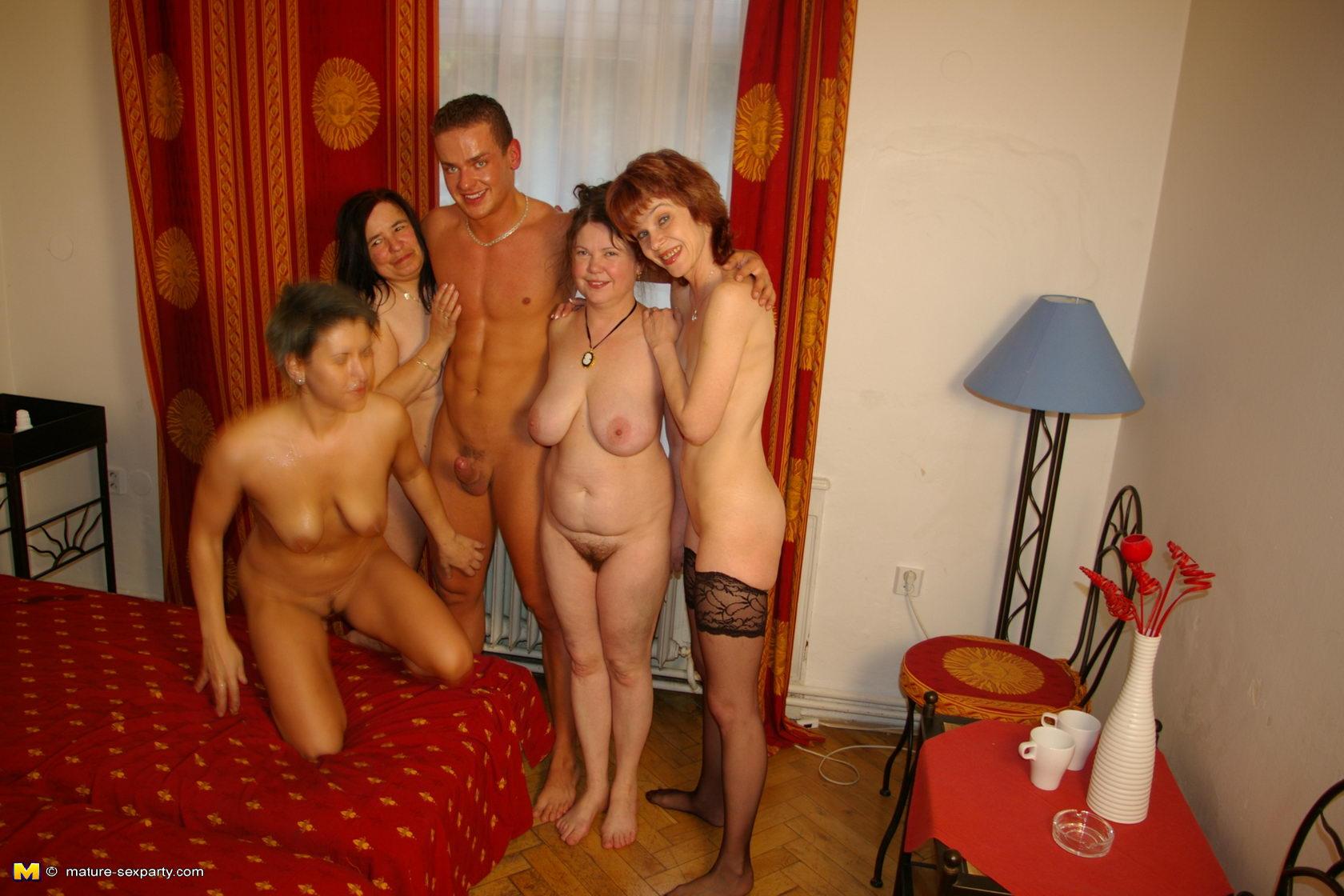 Фото секс со зрелой тёлкой 21 фотография
