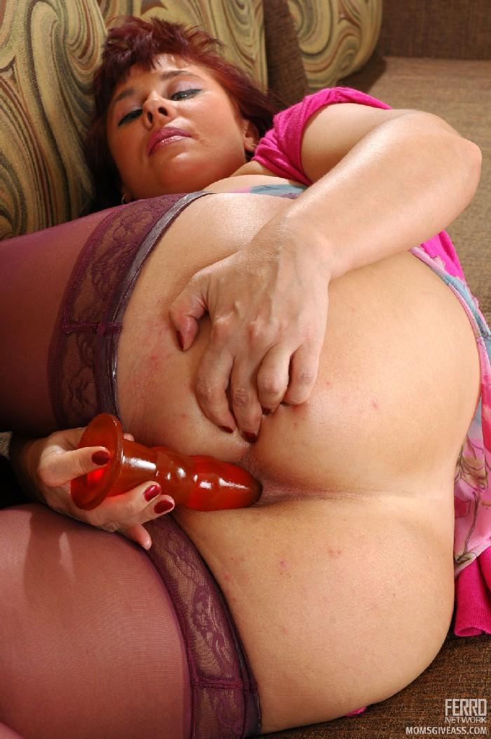Milf anal mom