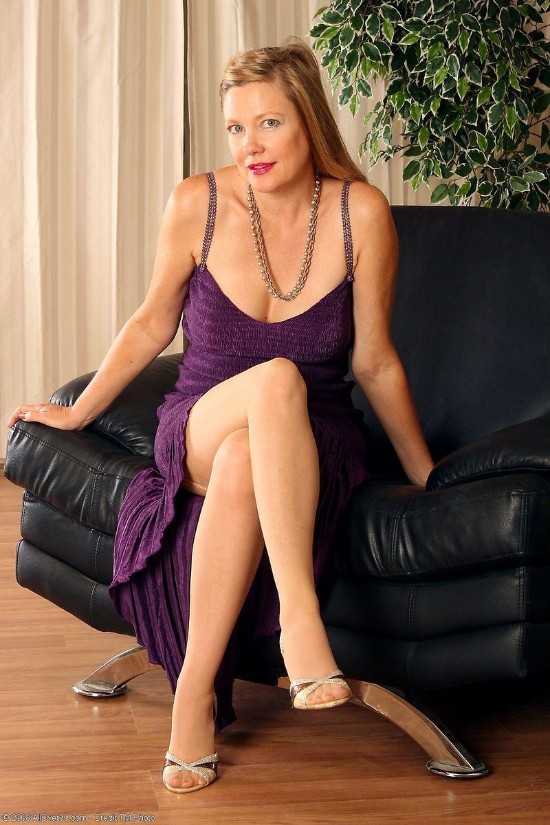 Hot sexy mature women